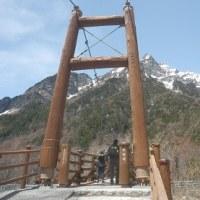 明神橋から奥宮(上高地)