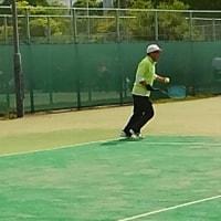初めての、テニスの公式戦出場です。