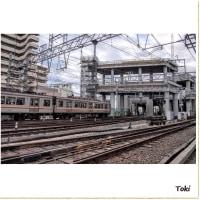 今日の阪急淡路駅