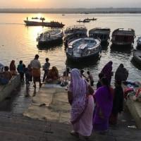 Dashashwamedh ghat 日の
