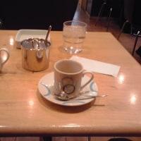 カフェで一休み。