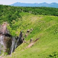 Twitterで北海道一周中「フレペの滝」まで歩く