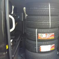 新しいタイヤ!