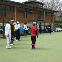 あづま運動公園の桜とテニスコート