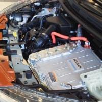 エンジンが発電、モーターが駆動