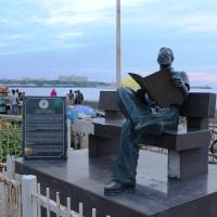 通称「口の悪いイイ男」元マニラ市長アルセニオ・ラクソン像