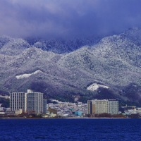 琵琶湖の雪  大津市
