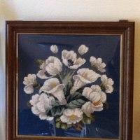 ニードルポイントの白い花