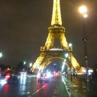 パリに来ています!