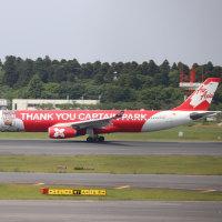 タイの飛行機に大きなハングル文字