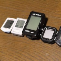 LEZYNE社のSUPER GPSにCATEYEのセンサー。