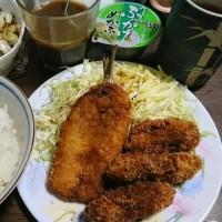 「今日のお昼ご飯」!!「牡蠣フライ・いわしフライ」!!