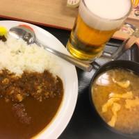 松屋でカレー、ビールも美味い。