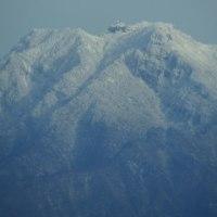 松山から見えた白い石鎚(H29.1.17)