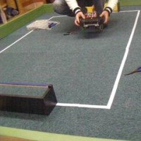 ロボット教室で新しいサッカーコートを作りました