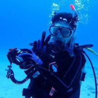 水中カメラマンに!
