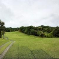 ドシャ降りの雨のゴルフ