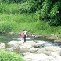河原の散歩と釣り人~大月市