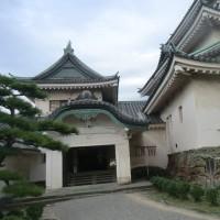 和歌山城と美術館