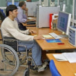 障害者の間で失業率 0.4 %4 月で上昇