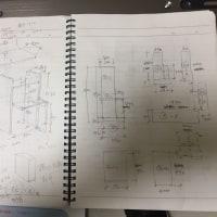 パソコン台と棚の構想を練る