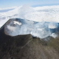 カムチャツカ半島怒っている?1日に3つの火山次々噴火。沿岸でM5の地震発生