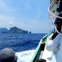 無人島海鳥調査ー1 上ノ根島(上)