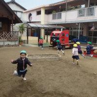 みどり 4歳児 戸外遊び☆劇の練習