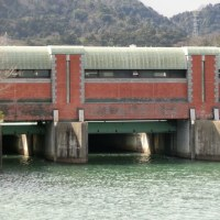 琵琶湖をまもる 洗堰