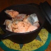 鮭のアヒージョです