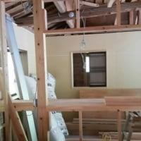 久米郡美咲町で住宅リノベーション工事現場は室内壁下地工事中