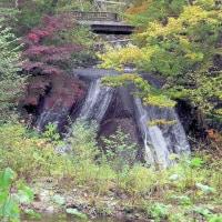 紅葉前線in札幌近郊 「恵庭渓谷の紅葉 ラルマナイの滝」