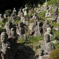 清見寺五百羅漢像は、にこやかなお顔、哲学的思惟に浸ったお顔......。