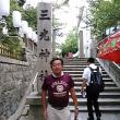本日は真田山プールに18年間通っていたのに一度も夏祭りの日に気づかなかった三光神社の夏祭りに。真田丸あとにある三光神社。真田幸村の像や抜け穴も。おみくじは38番大吉。
