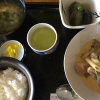 12月3日の日替わり定食550円は 鶏とカボチャのクリーム煮 です。