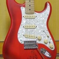 使用機材:Fender × Roland ストラトキャスター