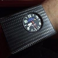 アトミック腕時計, 一秒千年 Atomic wristwatch