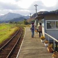 例のアニメ映画で、話題の駅舎。