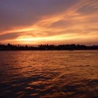 メークロン川黄昏を見た