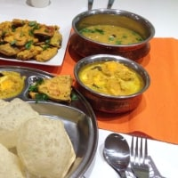 ポーセラーツ&インド料理&瞑想ヨガ★