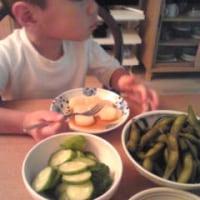 夕食は、枝豆と糠漬けきゅうり