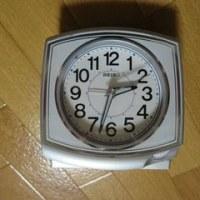 セイコークロック  スタンダード アナログクォーツ 目覚まし時計 角(銀色)KR891S