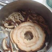 乾物は熱湯で短時間にもどす。