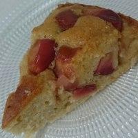 食事:  りんごのケーキ