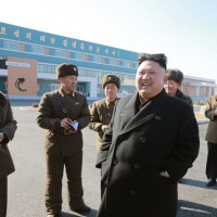 金正恩元帥が三泉ナマズ工場を現地指導