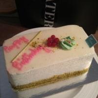 誕生日ケーキ@Pusateri's
