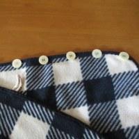 いつものひざ掛けに、ひと工夫。乳児の授乳用ケープのアイデアをいただき!