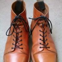 チーニー別注  山根靴店のブーツ。