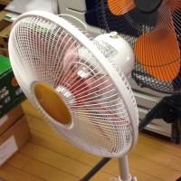 ジャンク品の扇風機を二台買いました