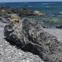 付加体地質と青い海